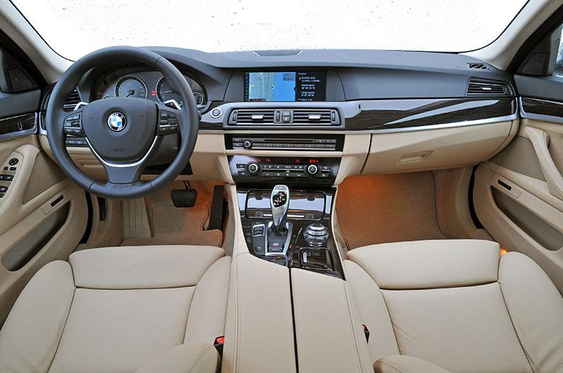 Foto Bmw 5er Modell F10 Ab 2010 Innenraum Vorne Vergr 246 223 Ert