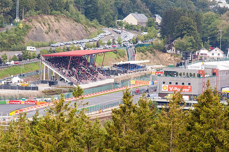 Foto Gold 1 Tribune F1 Circuit Spa Francorschamps Vergrossert