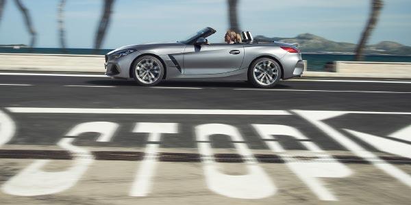 BMW Z4 Anzeige- und Bediensystem, BMW Connected und