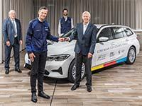 BMW Group Werk München spendet Fahrzeug