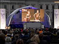 """""""Staatsoper für alle"""" 2021 begeistert ausverkauftes Opernhaus und vollbesetzten Bebelplatz."""