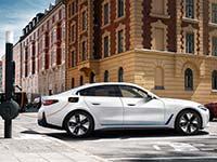 bp wird dritter Shareholder der Digital Charging Solutions GmbH (DCS) neben BMW und Daimler