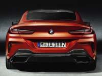 Das neue BMW 8er Coupé: Fahrwerkstechnik und Fahrerlebnis. Auf der Rennstrecke gereift.