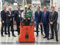 BMW nimmt in Leipzig 70 Wasserstoff-Routenzüge in Betrieb.