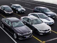 Neue Plug-in-Hybrid-Modelle und weiterentwickelte Hochvoltbatterien: BMW treibt Elektrifizierung konsequent voran.