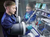 Im BMW Group Kompetenzzentrum Batteriezelle entsteht die Batteriezelltechnologie der Zukunft
