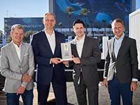 BMW Group gewinnt Connected Car Pionier Award
