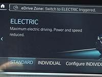 Automatisch emissionsfrei in der City: Start frei für BMW eDrive Zones in rund 80 Städten in Europa.
