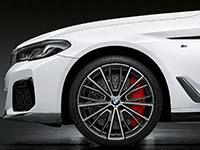 Die neue BMW 5er-Reihe (Facelift 2020). BMW M Performance Parts.