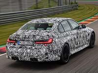 Die neue BMW M3 Limousine und das neue BMW M4 Coupé auf der Rennstrecke.
