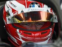 Alexander Sims fährt im Auftaktrennen des Berlin-Finals der Formel-E-Saison in die Punkteränge.