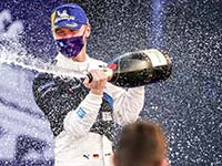 Dramatisches Finish: Nervenstarker Maximilian Günther siegt für BMW i Andretti Motorsport in Berlin.