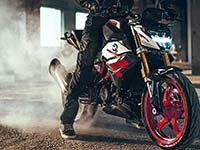 BMW Motorrad präsentiert die neue BMW G 310 R. Frischer Wind für den Dynamic Roadster.